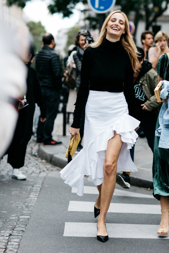 paris_fw_ss2017_day5_20161002_8688_jpg_9050_north_660x_white
