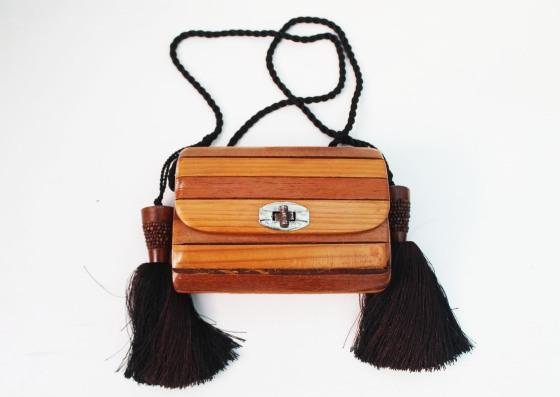 diy-tassel-bag-blogger